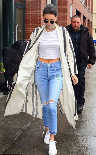 coat jeans denim sneakers kendall jenner crop tops sunglasses shoes ripped jeans white top beige coat high waisted jeans white sneakers round sunglasses