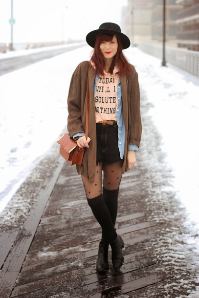 steffy's pros and cons blogger graphic tee tights ripped shorts sweater jacket shorts shoes hat polka dot tights brown bag black hat grunge