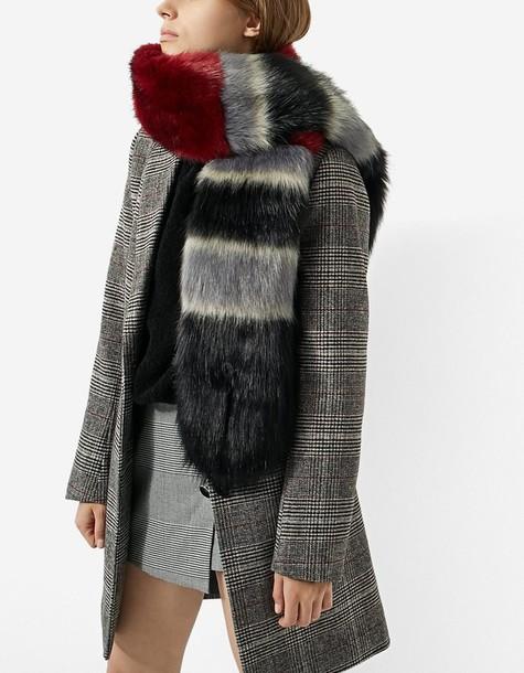 Stradivarius fur faux fur scarf fur scarf burgundy