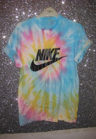 customised tie dye nike tshirt skater grunge trash hipster  | louloubelle46 | ASOS Marketplace