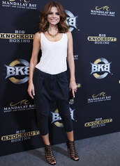 shoes,caged sandals,sandals,sandal heels,high heel sandals,black sandals,pants,black pants,top,tank top,white tank top,white top,maria menounos,celebrity,clutch
