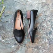 shoes,kelsi dagger brooklyn,leather,loafers,flats,black shoes,stacked heel,low heel,smoking slippers,business casual