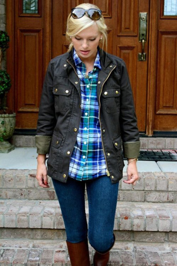 DRESSING FOR THE COUNTRY WITH DASH: DARK GREEN WAXED JACKET AND SLIM, STRETCHY JEANS01