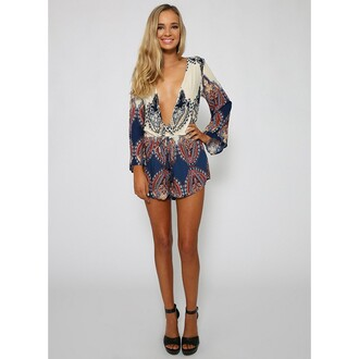 jumpsuit printed long sleeve summer jumpsuit plunge v neck deep v neck jumpsuit floral jumpsuit shorts long sleeve jumpsuit long sleeves high heels sexy sexy girl fashion lady summer party party outfits best outfit dress party dress gorgeouse gorgeous girly