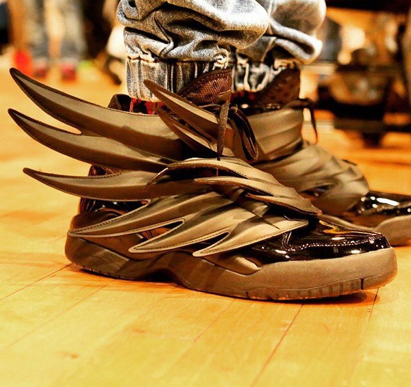 adidas gold wing shoes 3.0