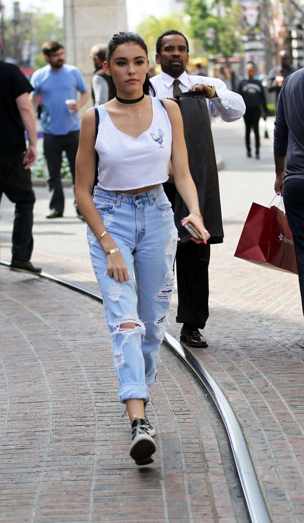 madison beer ripped jeans crop tops spring outfits
