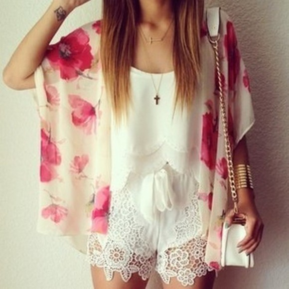 pink floral shorts lace white bag summer outfits top kimono tank top detail Trim blouse clothes