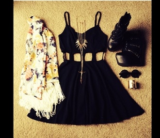 dress little black dress winter sweater sweater celebrity style aztec style necklace retro sunglasses shoes platform shoes black shoes sunglasses jacket jewels edgy