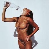 swimwear,bikini,girl,hot weather,bikini top,bikini bottoms,beige,summer