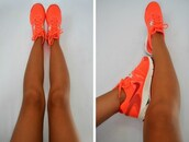 shoes,nike shoes,nike,nike sneakers,coral shoes,red