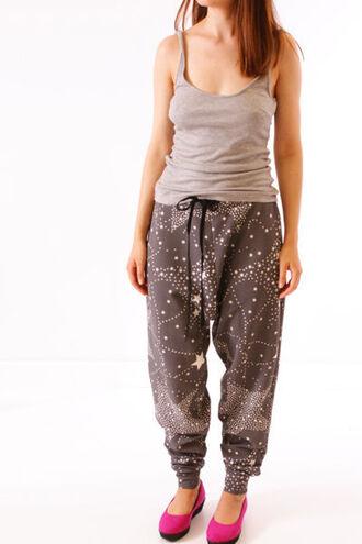 pants sweatpants baggy pants baggy stars stars print beige brown graphite graphite grey