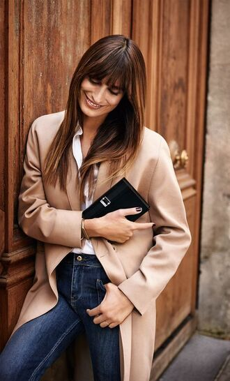 coat caroline de maigret model editorial fashionista camel coat trench coat shirt white shirt denim jeans blue jeans bag black bag fall outfits office outfits