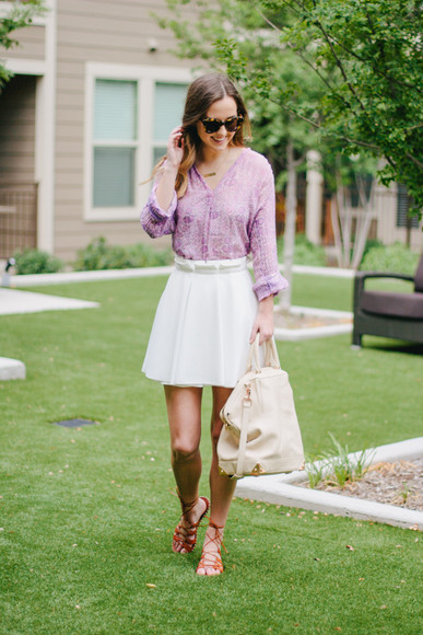 skirt jewels blogger bag shoes sunglasses side smile style blouse