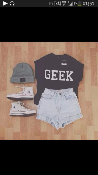 t-shirt black tee shirt geek shorts hat beanie denim