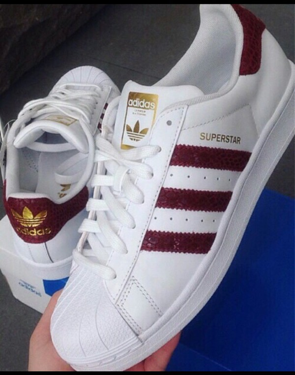 shoes adidas adidas superstars red stripes croco print adidas shoes adidas originals white burgundy adidas shoe adidas superstars snake skin red adidas bordeux adidas red low top sneakers white sneakers burgundy shoes snake snake shoes superstar white bordeuxred maroon