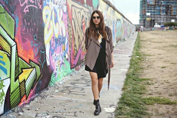 color me nana blogger skirt shoes