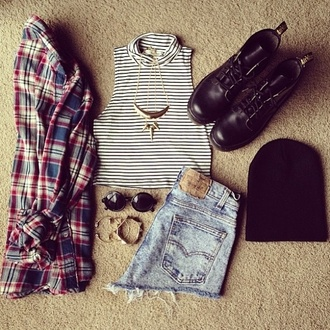 blouse button up shirt shorts sweater shoes flannel stripes black and white jewels drmartens top hat