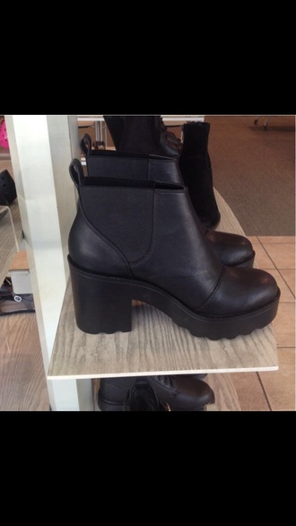 shoes boots little black boots black boots chelsea black boots black boots leather black high heels cute high heels