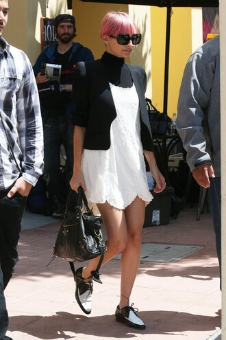 dress blazer shoes flats nicole richie sunglasses