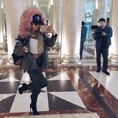 jacket,piamia princesspiamia jacket khaki,pinkfauxfur fauxfurhood khakipinkfauxfur,fauxfurcoat,shoes,parka,fur,pia mia perez,crop tops,boots,cargo pants