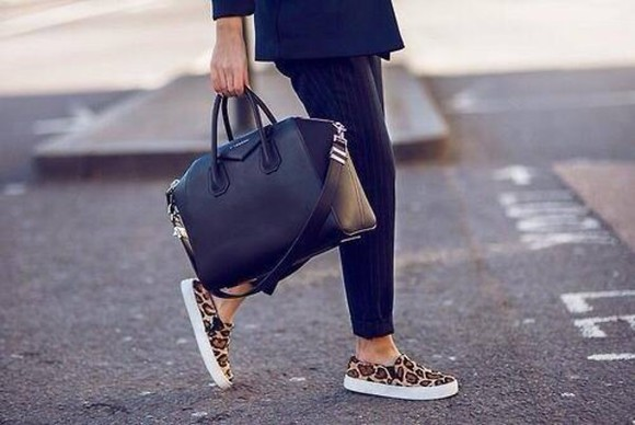 shoes vans blogger bag black sneakers pants