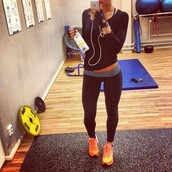 shirt,gym,workout,leggings,trainers,black,orange,pants,training pants,lucy mecklenburgh,sweater,blue,sweatshirt