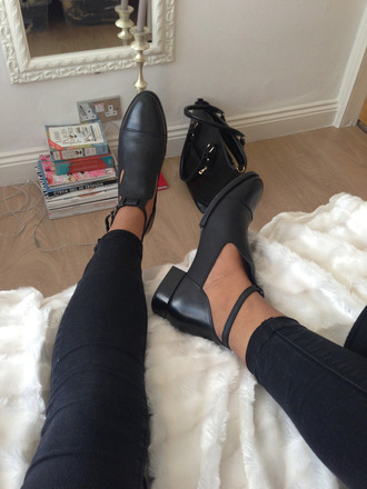 shoes shoes black grunge flat boots ankle boots cut out ankle boots flats buckle