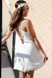 daisy,daisy straps,hipster,white dress,shift dress,sundress,flowy,flowy dress,lovely,girl,girly,best outfit,mini dress,sleeveless,sleeveless dress