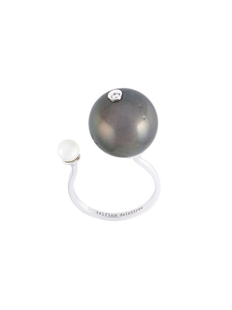 Delfina Delettrez diamond ring women pearl ring gold white grey metallic jewels
