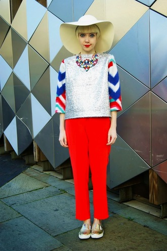 blogger vans top stella's wardrobe hat silver red pants statement necklace