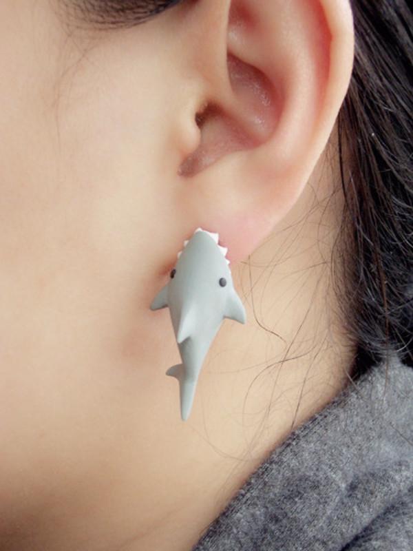 jewels earings shark shark earings cute kawaii ear grey black white jewels shark earring fish cool earrings earrings sea creatures kawaii earring
