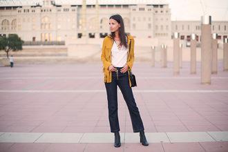 fashion vibe blogger jacket shoes top jeans bag