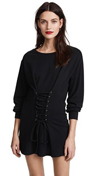NYTT dress black