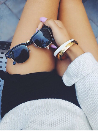 sunglasses sweater shorts bracelets nail polish jewels www.ebonylace.net lunettes de soleil femme women summer spring sunglassses style