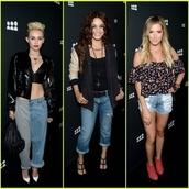 pants,jeans,joggers,miley cyrus
