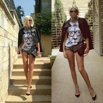 top lion lion top white top short shorts leopard print shoes valentino valentino studded pumps leather jacket sunglasses clutch jelena karleusa necklace stylish