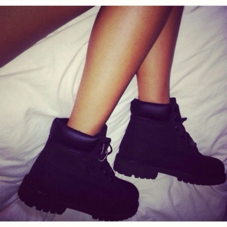 shoes all black everything ankleboots tumblr laced up black timberlands boots