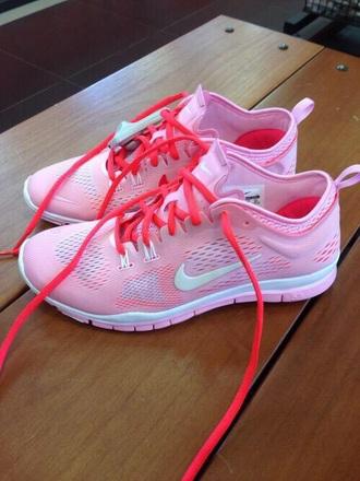 nike running shoes shoes pink nike urban pastel pink nike trainers nike trainers love pink shoes nike shoes pink nike running shoes nike free run