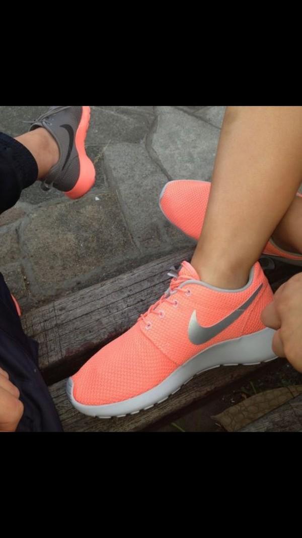 5637318b301f ... Nike Roshe One - Women s at Lady Foot Locker  Nike Roshe Run ...