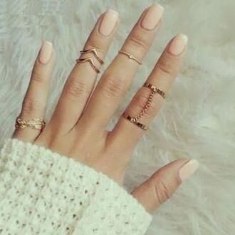 jewels leaf green knuckle ring chevron leaf ring chain chain ring ring nail polish bracelets summer outfits rign rigns nail polish cross dot heart