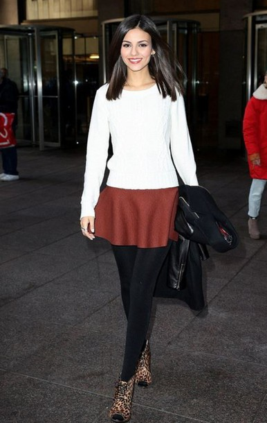 skirt sweater animal print victoria justice shoes