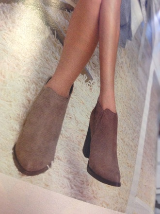 shoes ankle boots beige brown boots