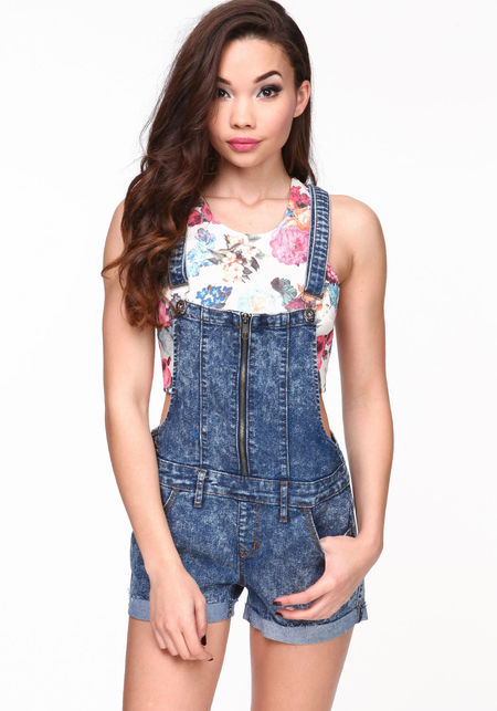 JCPenney - Jump on big savings for cute jumpsuits & rompers for juniors. Shop for a variety of stylish jumpers & rompers. FREE shipping available.