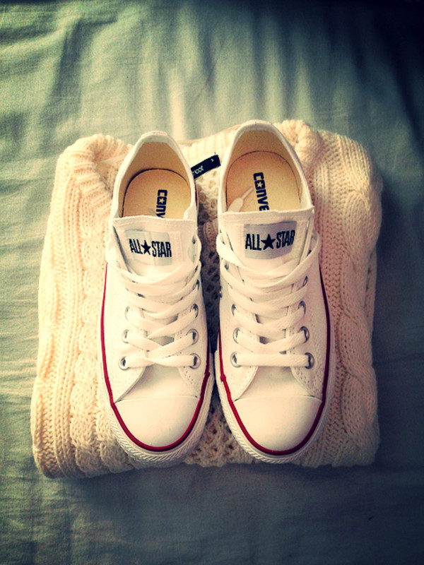 shoes white sneakers converse sweater cream colorful knitted sweater soft sneakers classic converse allstars white summer outfits winter outfits fashion