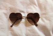 sunglasses,heart,brown,sunnies,love,fashion,style,mode,clothes,pretty,herat,cute,gold,swimwear