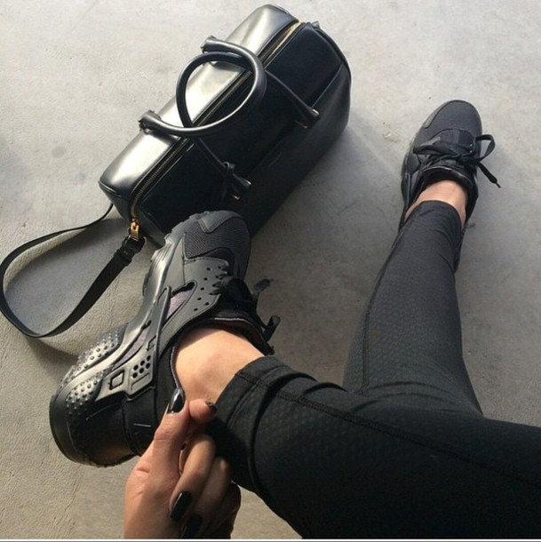 low priced 9dac0 a26b1 shoes sneakers huarache black shoes sport shoes black leggings sneakers  brands tumblr all black everything tumblr