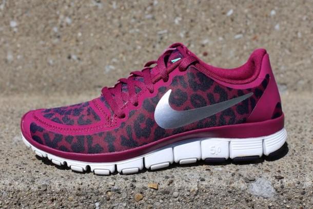 Nike 'Free 5 0 V4' Running Shoe Women Size 9 5 Leopard Cheetah White