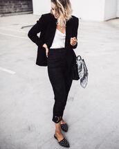 blazer,black blazer,top,white top,pants,black pants,handbag,black handbag,shoes,black shoes,jacket,bag