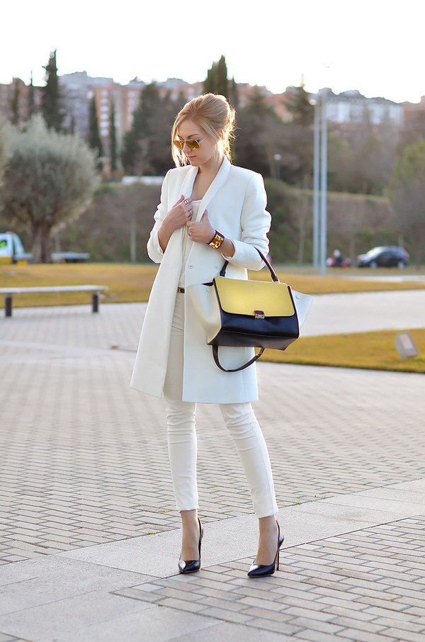 oh my vogue coat jacket jeans bag shoes jewels sunglasses pants white bag handbag white trench coat white pants classy