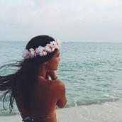 hat,flowers,white,crown,flower crown,hibiscus flower,hairstyles,summer beauty